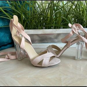 Lace up ankle Sandals with Clear Heel - light Pink